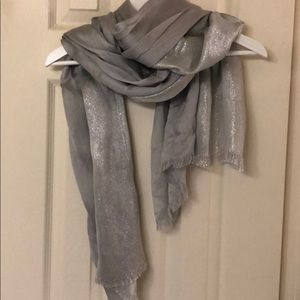 Accessories - LAURA NWOT scarf